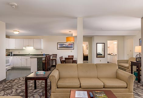 Two Or Three Bedroom Grand Suites at Grand Summit Hotel