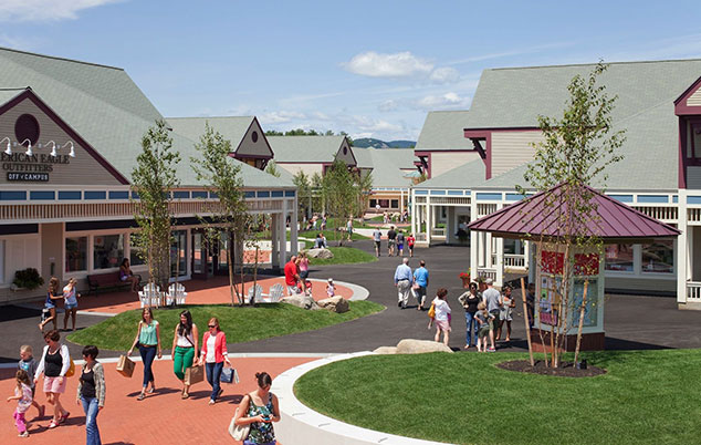 Settlers Green Outlet Malls at Bartlett